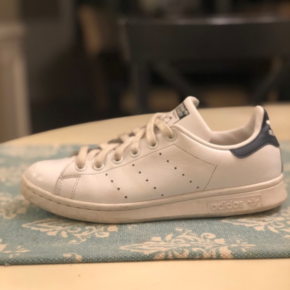 save off 355fc 18549 Stan Smith Sneakers Size Men's 5, Women's 6